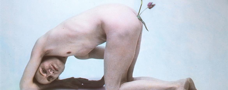Luigi Ontani - Per inciso Narciso con tulipano nell'ano
