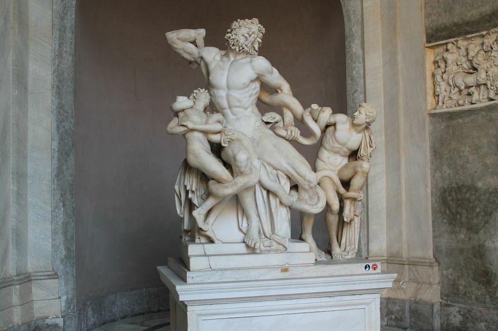 Il gruppo scultore del Laocoonte e i suoi figli conservato ai Musei Vaticani