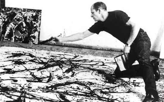 Jackson Pollock a lavoro su un dipinto