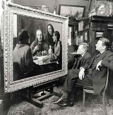 Due collezionisti davanti a un quadro