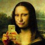 Monalisa Leonardo selfie