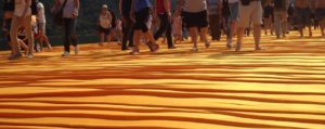 "La camminata su ""The Floating Piers"", la passerella di Christo sul Lago d'Iseo"