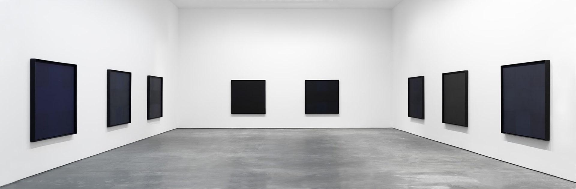 Una esposizione dei Black Paintings di Ad Reinhradt